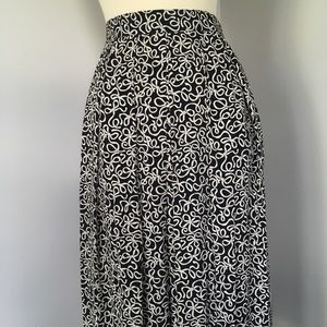 Black Bow Print High Waisted Pleated Midi Skirt